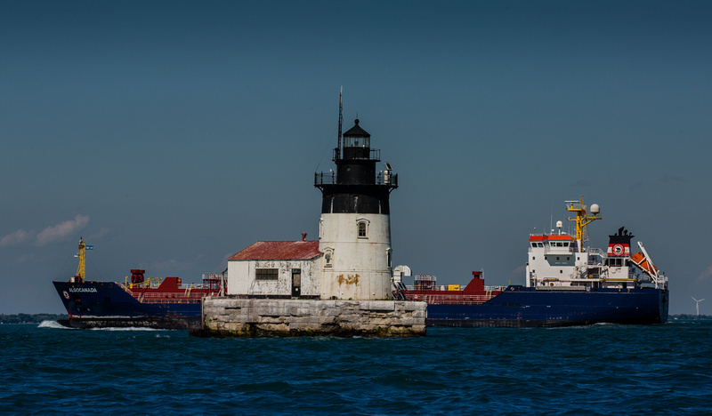 Detroit River Light 9825